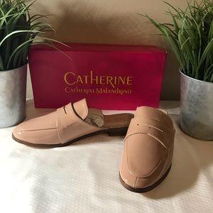 Catherine Malandrino nude Tuxedo slip on shoe